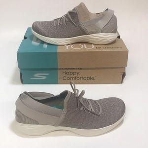 New Woman's Skechers Goga Max Walking Shoes